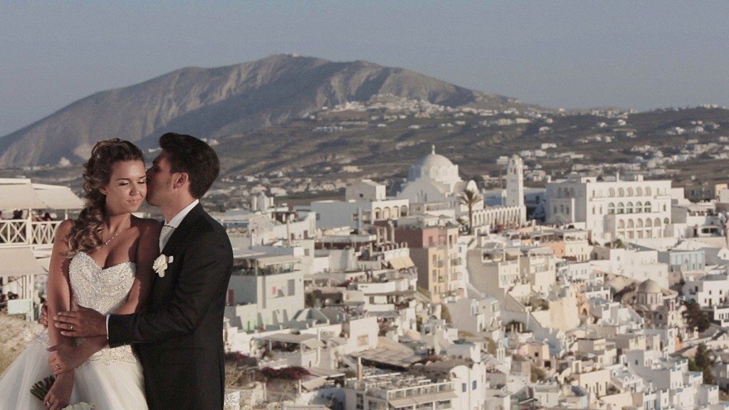 Catholic_Wedding_video_Santorini_Greek_Islands_Cilcadi_Greece_39-1024x576 Wedding video in Santorini | F + A